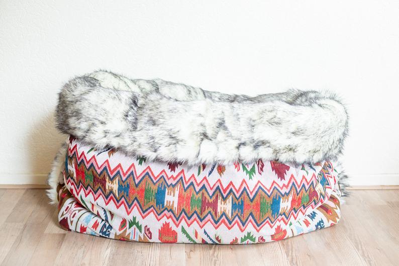 Hundesovepose som er håndlavet i fantastisk materiale